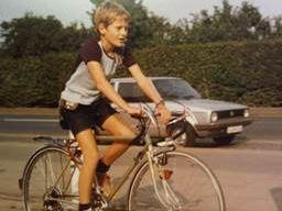 Abbildung 2: Stolzer Rennradbesitzer