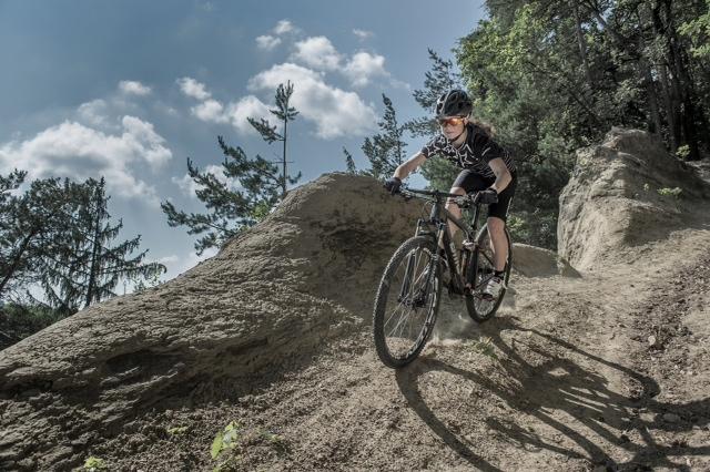 Wer regelmässig Mountainbike oder Rennrad fährt, profitiert fürs Laufen
