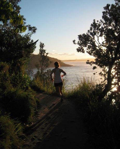 Sonne, Meer und Wärme laden dazu ein, mehr zu trainieren