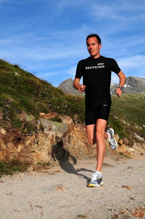 Viktor Röthlin bereitet sich im Engadin auf seinen letzten Marathon als Leistungssportler vor