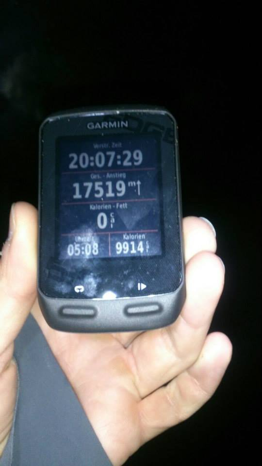 Kurz nach 5 Uhr war es so weit: Friedrich Dähler bricht den bestehenden Weltrekord