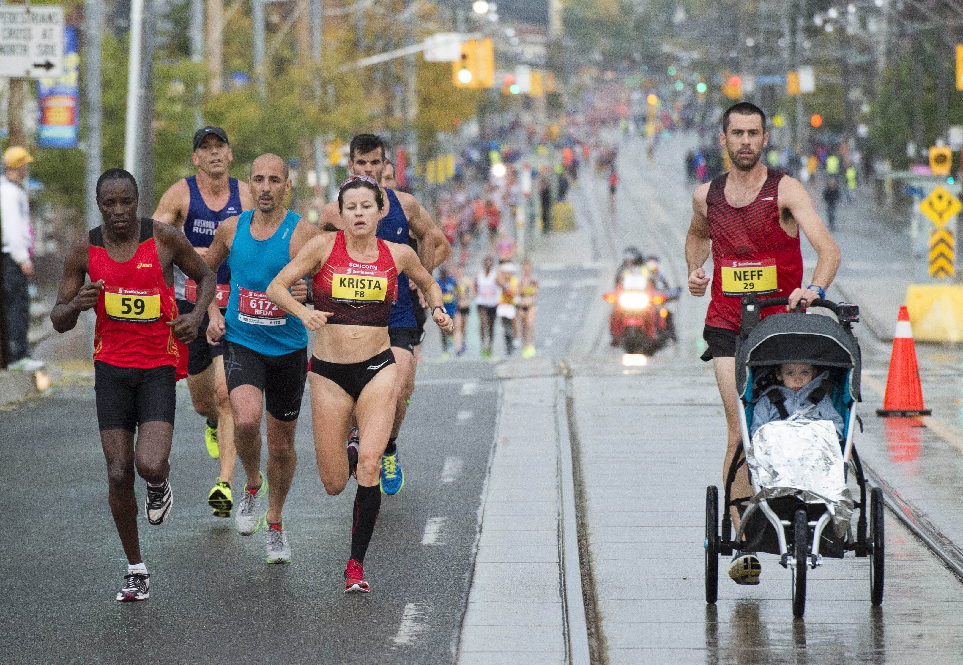 stwm16fg50-photo-credit-canada-running-series-min